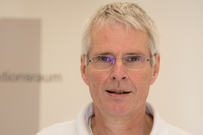Dr. Stefan Peitzner